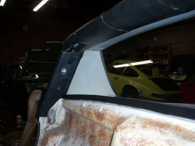 1973 Porsche 914 - Interior upholstery and glass reinstalled